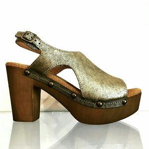 Sbicca District Gold heels